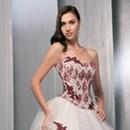 De la couleur sur ma robe de mariée