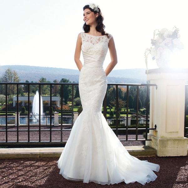 Shopping robe de mariée. Les dernières tendances mariage ! Naïade Glamour