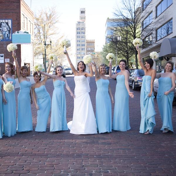 Robe de soirée : Demoiselles d'honneur, actrices phares de votre mariage