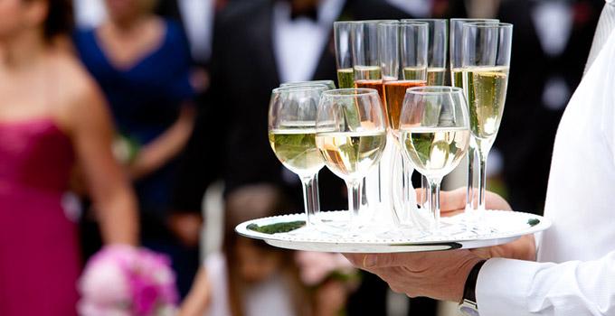 Combien champagne pour 100 personnes