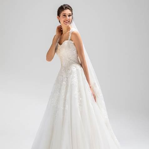 Eglantine Mariages Et Ceremonies Carquefou Boutique Robe De