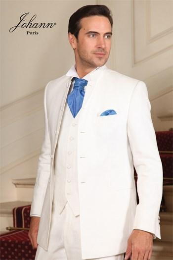 """Johann, Costume 3 pièces col officier blanc, accessoires """"pacific"""". Sur mesure"""
