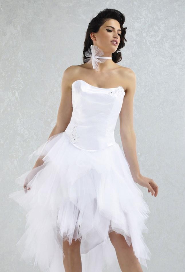 Pia Benelli, Adorable blanc