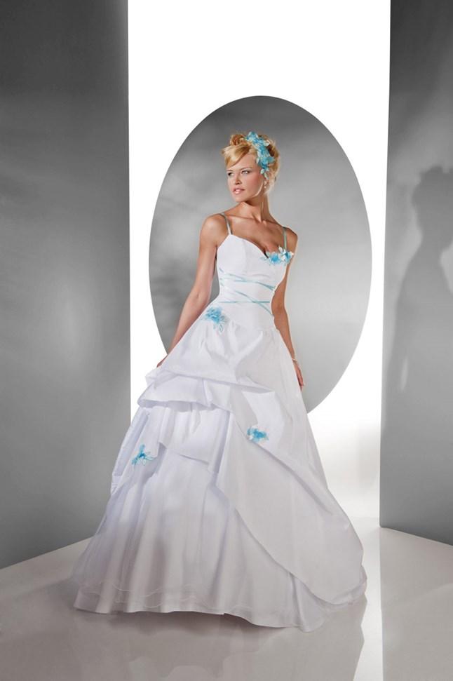 Pia Benelli, Neige blanc et turquoise