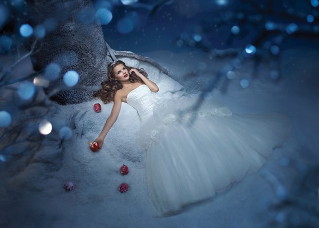 Disney Fairytales by Alfred Angelo, Snow White