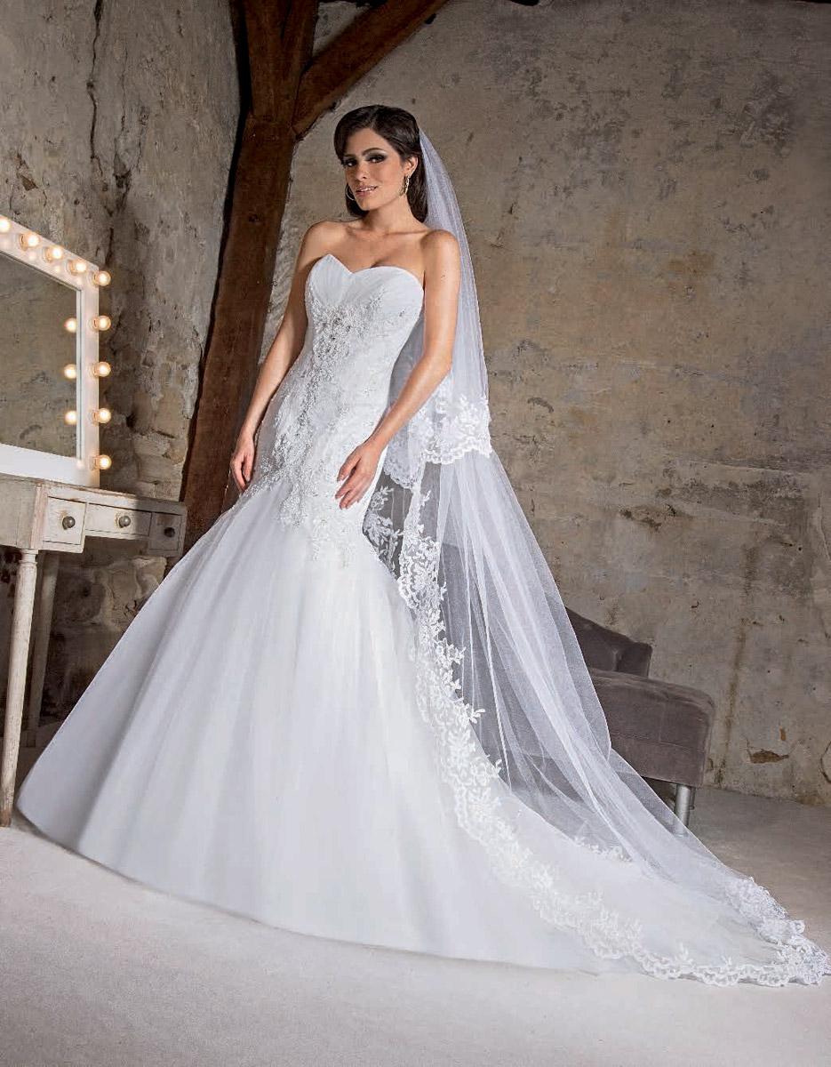 Robe de soiree l'empire du mariage