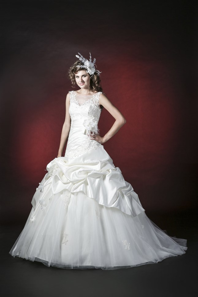 Elysa Bridal, B3309-Galina