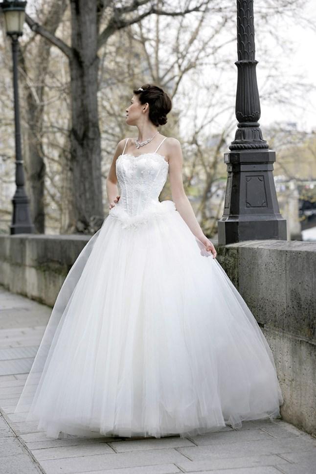 Mariées de Paris, Colombe