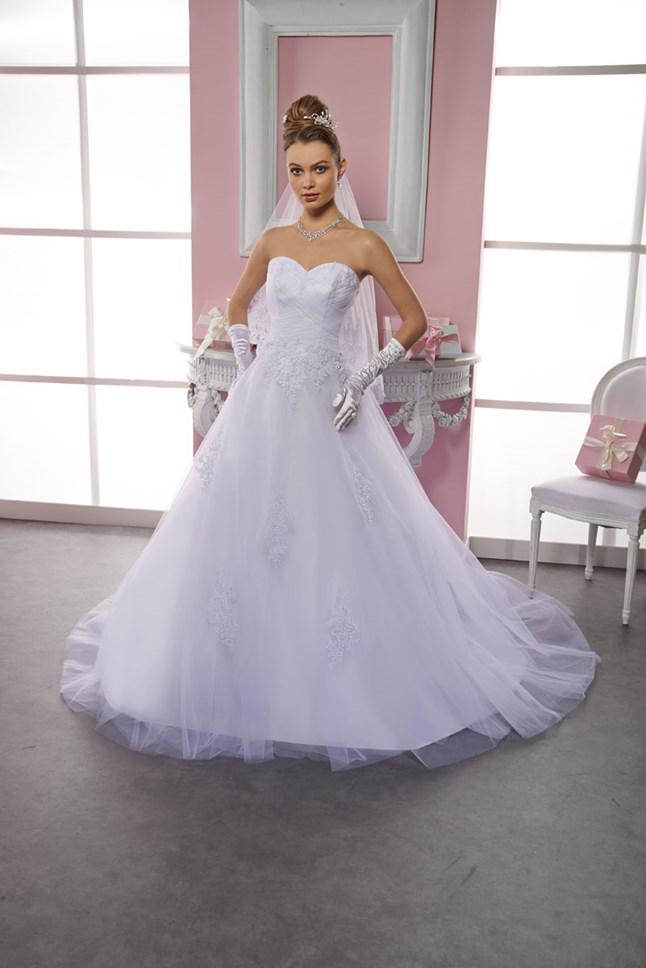 Sposa Wedding, Melanie