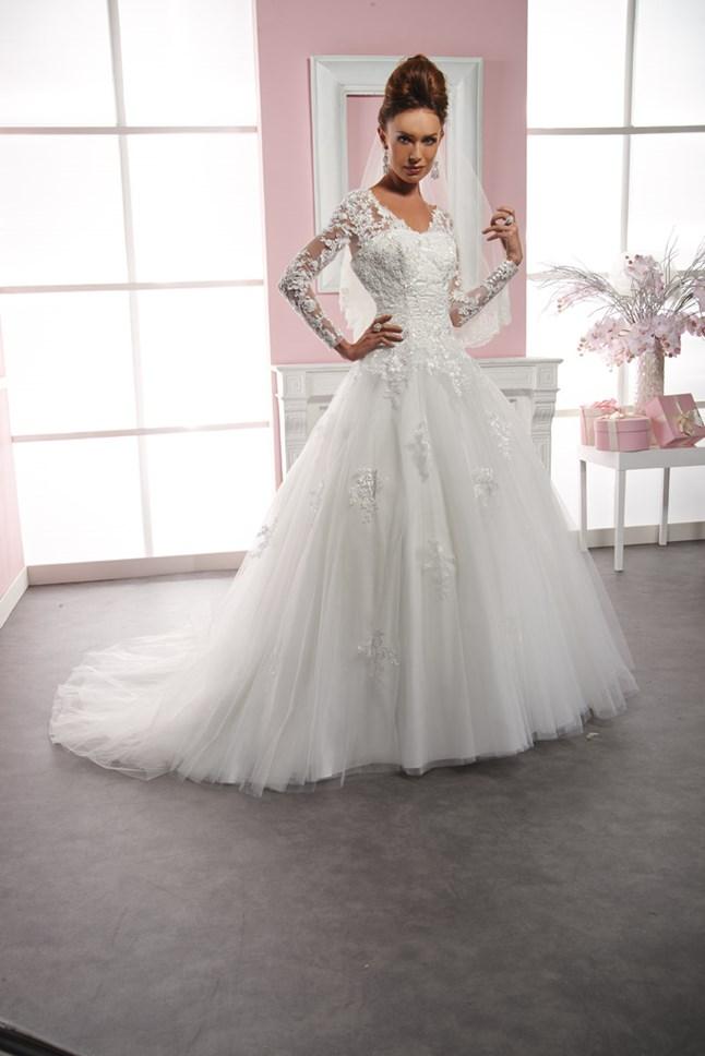 Sposa Wedding, Mode
