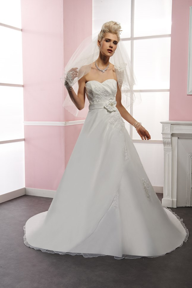 Sposa Wedding, Muse