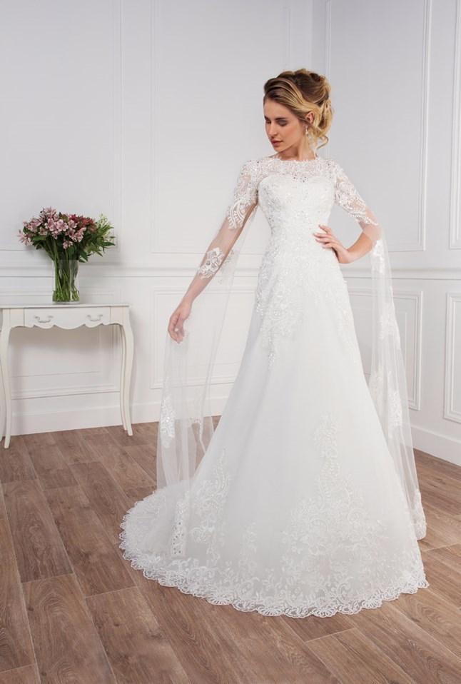 Love Wedding, Barbara