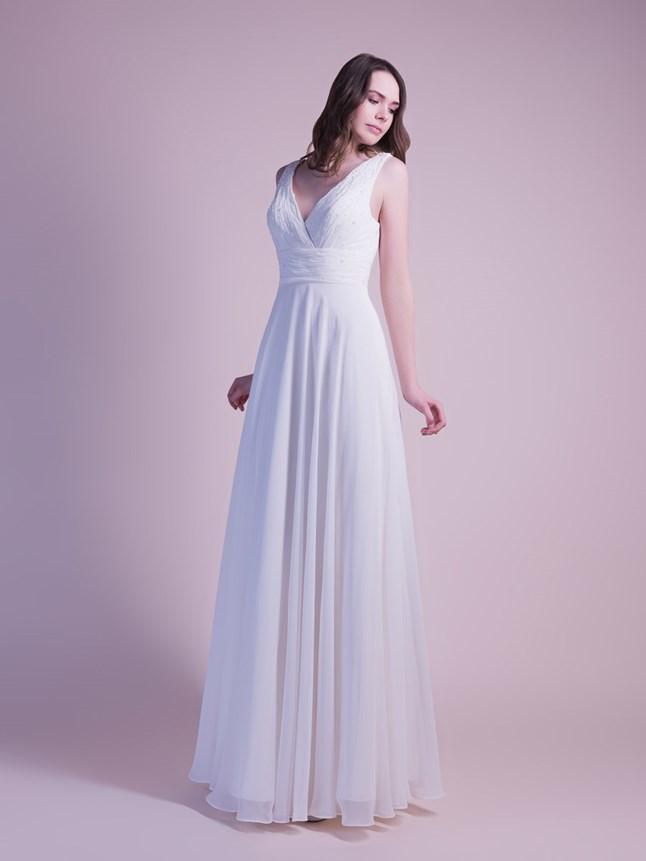 White Cherry, Dina